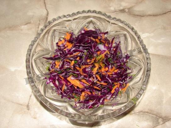 как приготовить салат из краснокочанной капусты