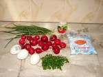 салат витаминный весенний с редиской 1