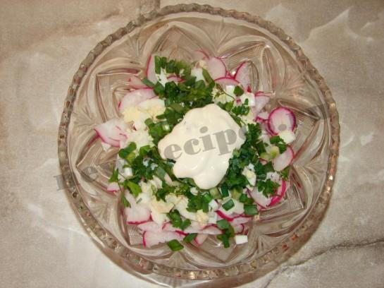 заправим салат сметаной