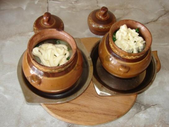 Картофель с грибами в горшочке 13