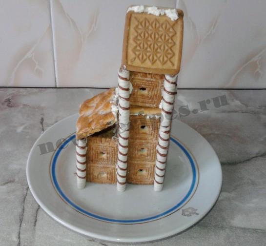 Домик из печенья 9