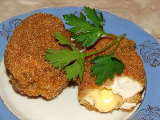 Котлеты из курицы с сыром 11