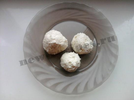 Новогодний десерт Снеговичок 2