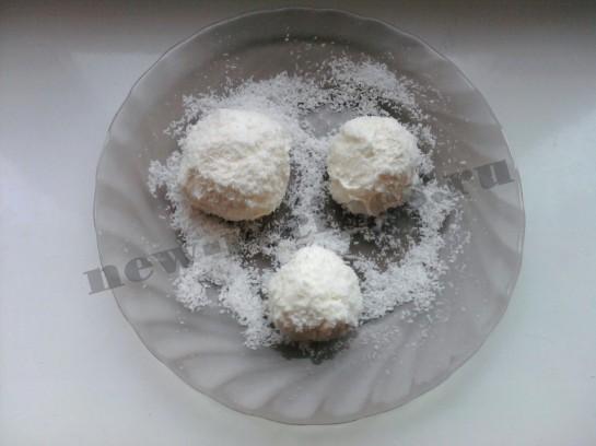 Новогодний десерт Снеговичок 3