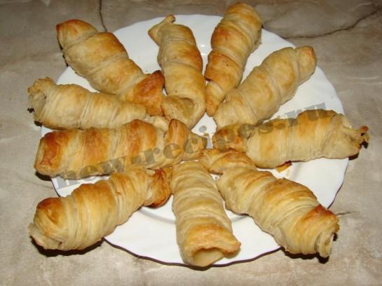 Пирожное трубочка с абрикосовым кремом 5