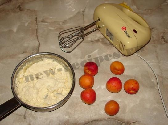 Пирожное трубочка с абрикосовым кремом 6