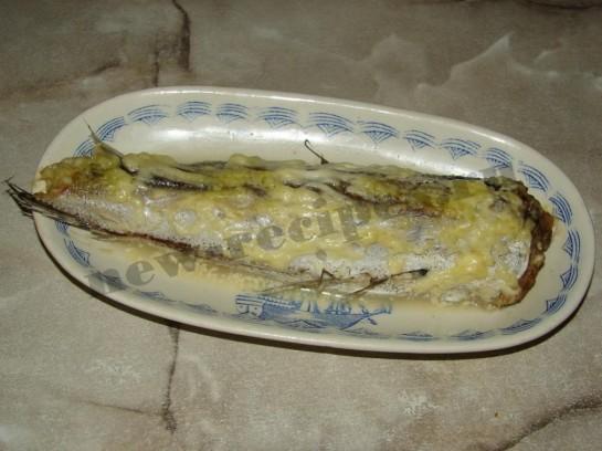 Рыба запеченная под майонезом 5