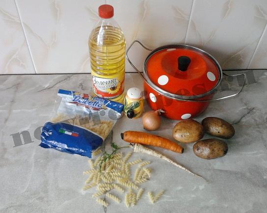ингредиенты для супа с макаронами