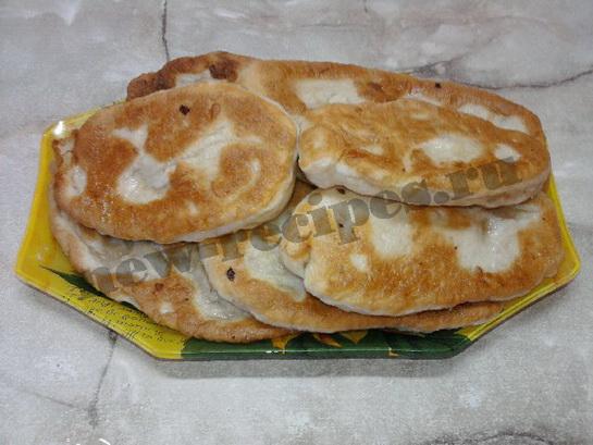 жареные пирожки из дрожжевого теста с картошкой 18