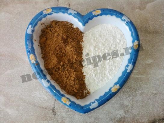 торт сердце шоколадный бисквит 6