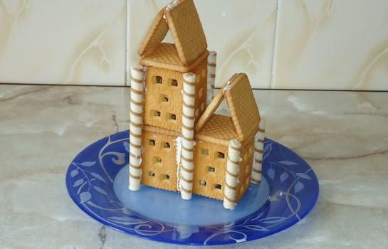 домик из печенья и творога