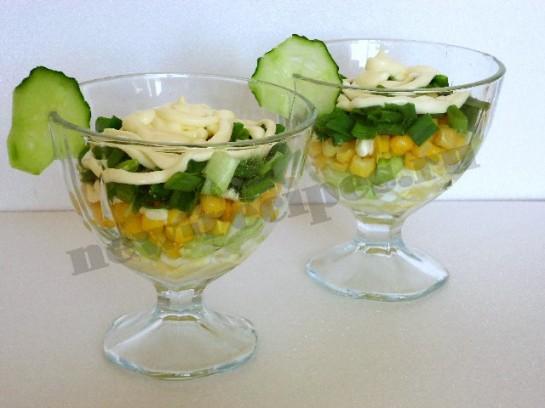 весенний салат в креманках