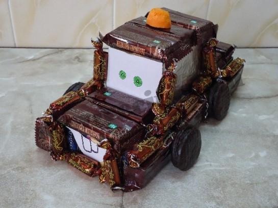 машинка тачки мэтр из конфет 7
