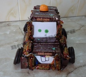 Машинка Мэтр из конфет мастер-класс