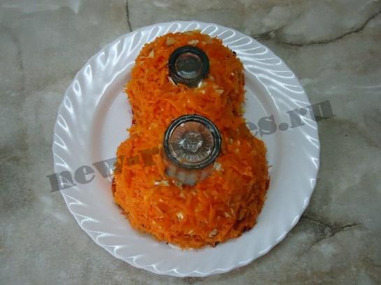 выкладываем тёртую морковь