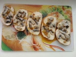 горячие бутерброды с грибами 8