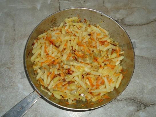 жареный картофель с чесноком 5