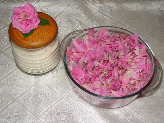 розовое варенье 3