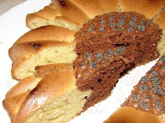 Дрожжевой пирог в силиконовой форме