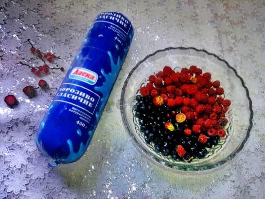 мороженое с ягодами 1