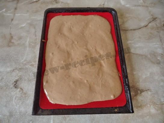шоколадный бисквитный рулет с кремом 10