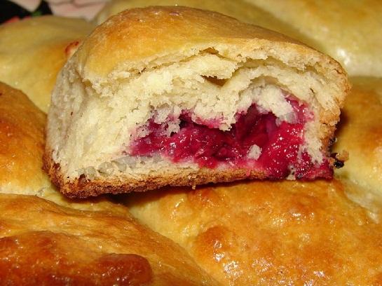 пирожки с вишней фото рецепт