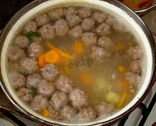 Мясные фрикадельки в суп