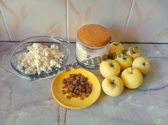 ингредиенты для яблок с творогом