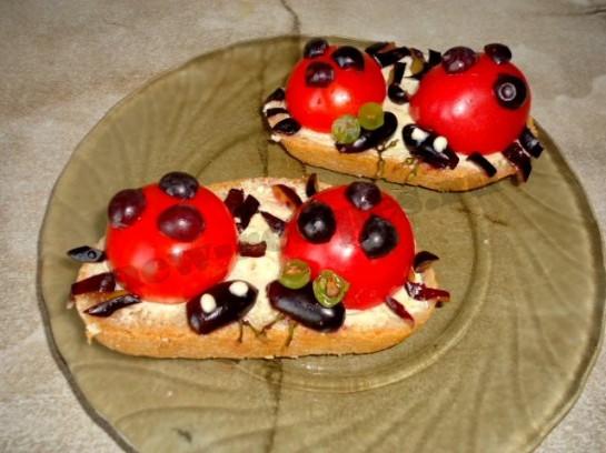 бутерброды божьи коровки фото 6