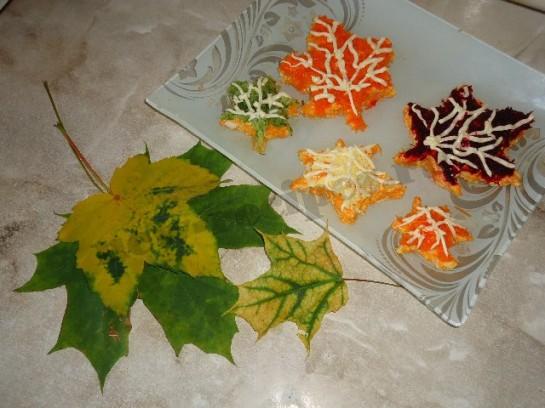 красивый и полезный салат кленовые листья