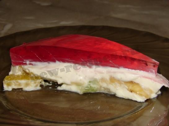 желейный десерт со сметаной и фруктами в виде сердца 11