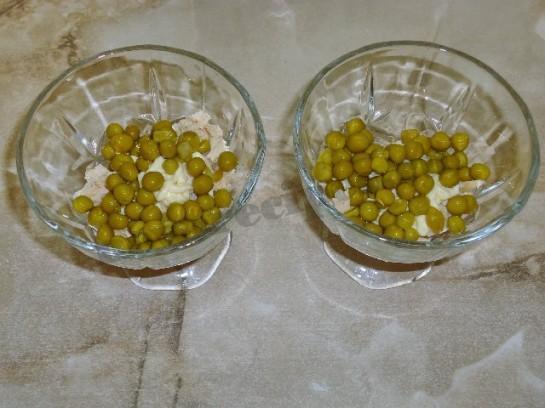 салат оливье с курицей фото 4