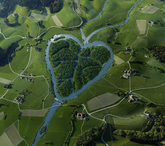 природа в форме сердца