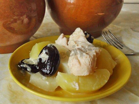 вкусная картошка в горшочках