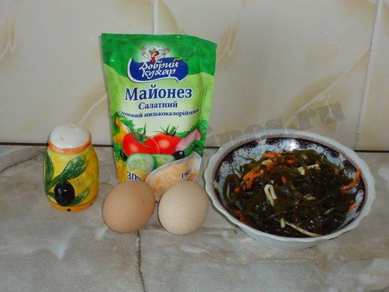 ингредиенты для салата из морской капусты с яйцами