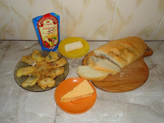 ингредиенты для горячих бутербродов с рыбой