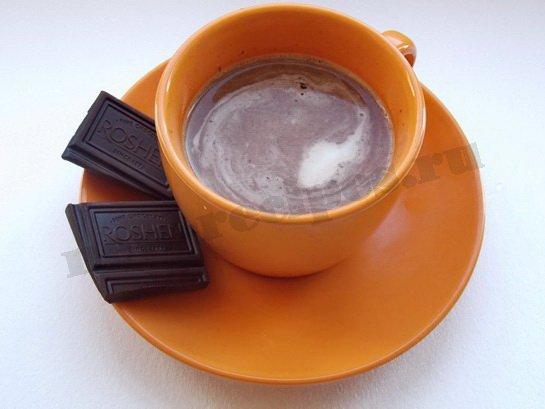 кофе с шоколадом и сливками