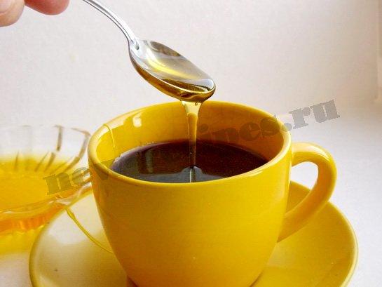 добавляем в кофе мёд