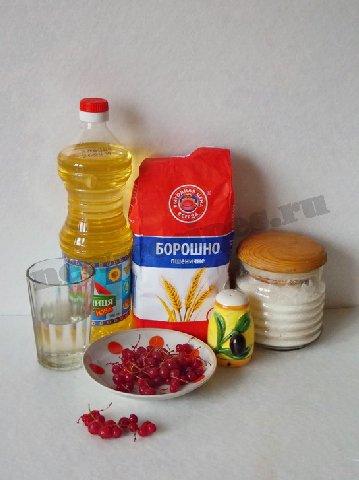 ингредиенты для постных кексов с красной смородиной