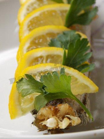 как украсить рыбу лимоном