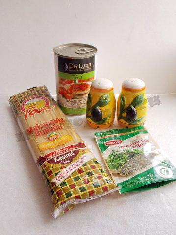 ингредиенты для спагетти с томатом