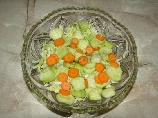 добавляем в салат молодую морковку
