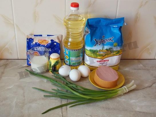 ингредиенты для омлета с колбасой