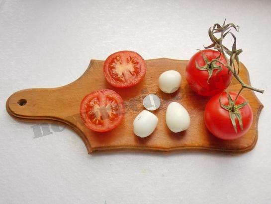 как сделать грибочки из яиц и помидоров