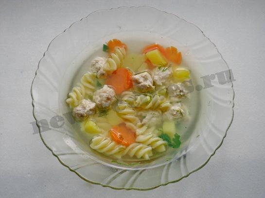 диетический суп с фрикадельками и макаронами