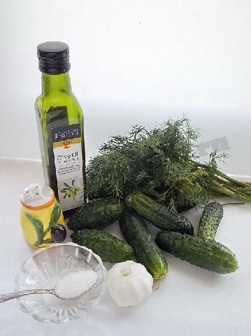 ингредиенты для быстрых малосольных огурцов