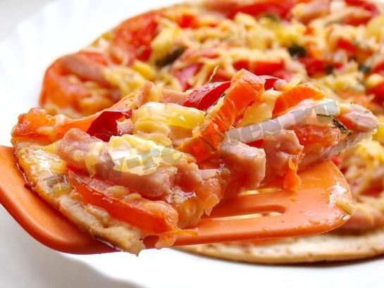 рецепт пиццы с ветчиной и сыром