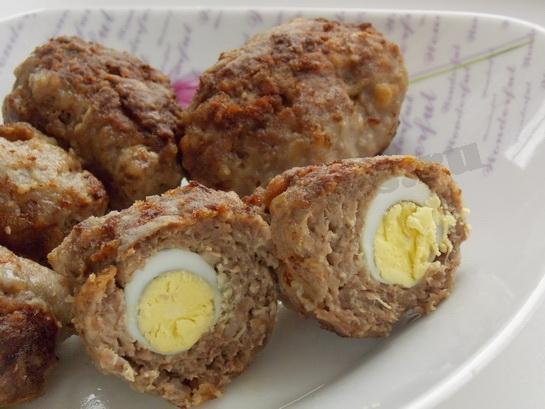 зразы мясные с яйцом в разрезе