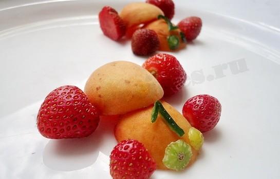 машинки из фруктов