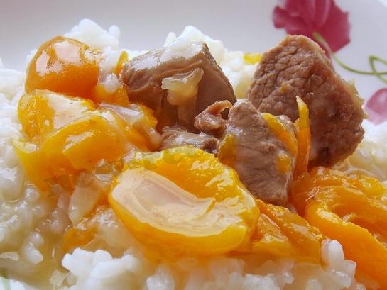 мясо с абрикосами 1